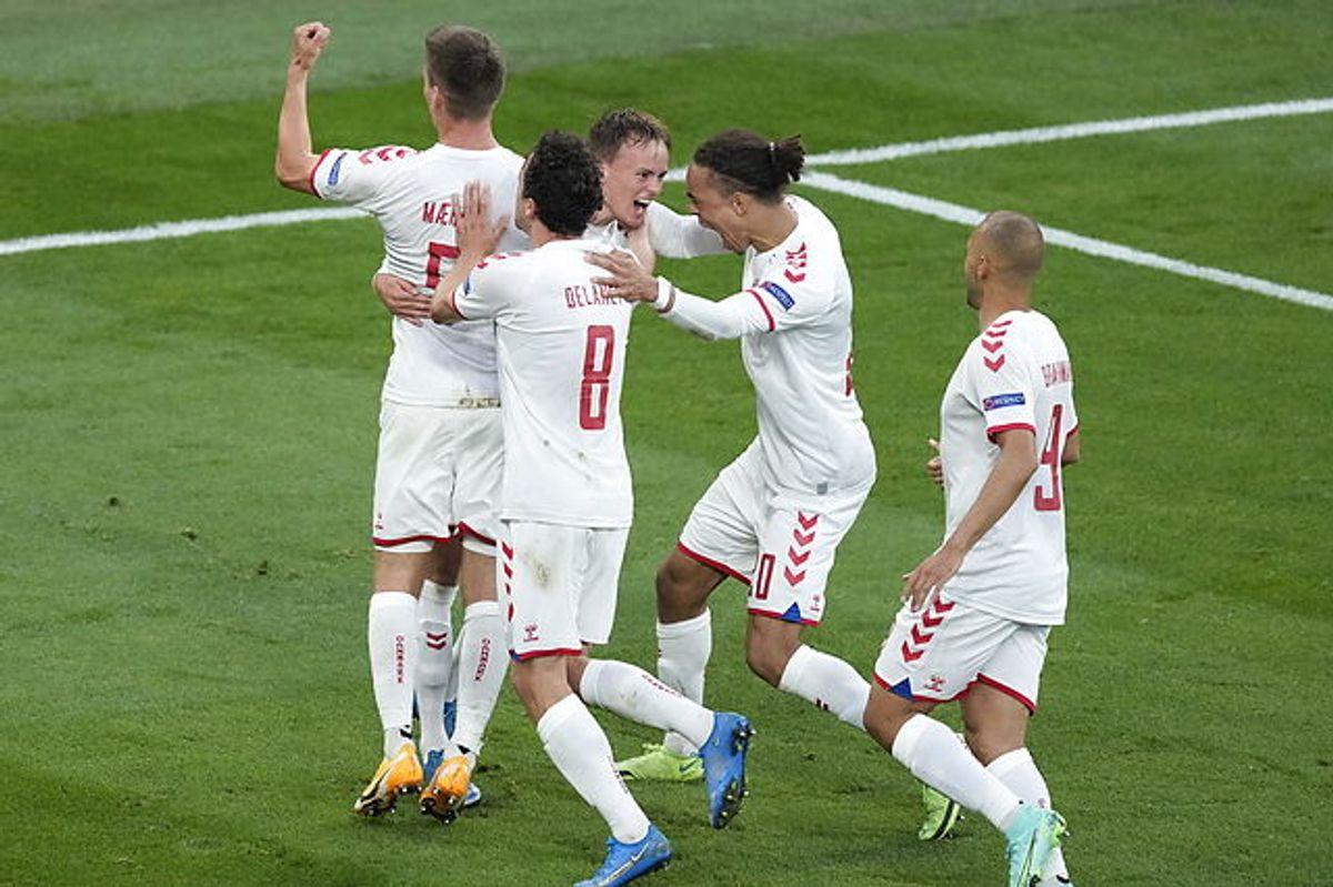 Danmark er foran 1-0