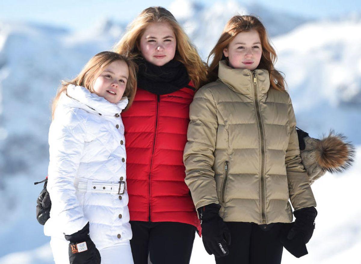 Her ses de tre skønne søstre på en skiferie i vinteren 2018. Fra venstre er det Ariana, Catharina-Amalia og Alexia (Foto: Scanpix) KLIK FOR FLERE FANTASTISKE BILLEDER AF FAMILIEN!