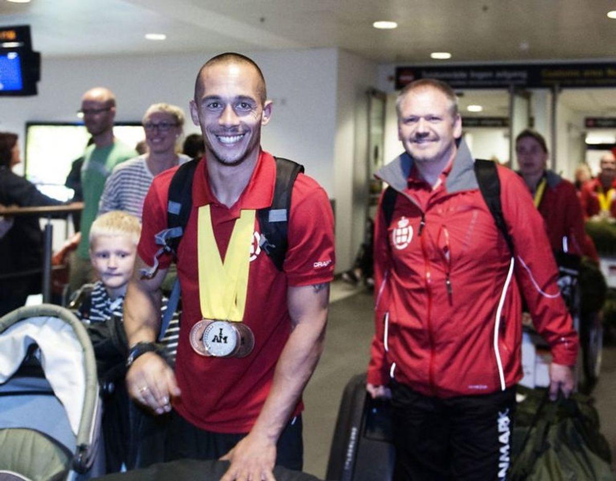 I 2014 vendte Maurice Manuel hjem med fire medaljer og en særlig hædersmedalje fra Invictus Games i London. Foto: Scanpix