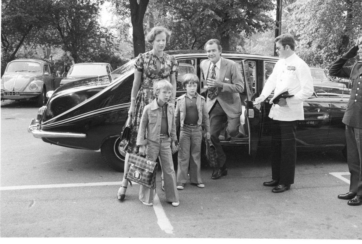 Det er efterhånden mange år siden, kronprins Frederik og prins Joachim første gang begyndte i skole på Krebs Skole på Østerbro. KLIK VIDERE OG SE BILLEDER FRA DERES BØRNS FØRSTE DAG I SKOLE. Foto: Scanpix