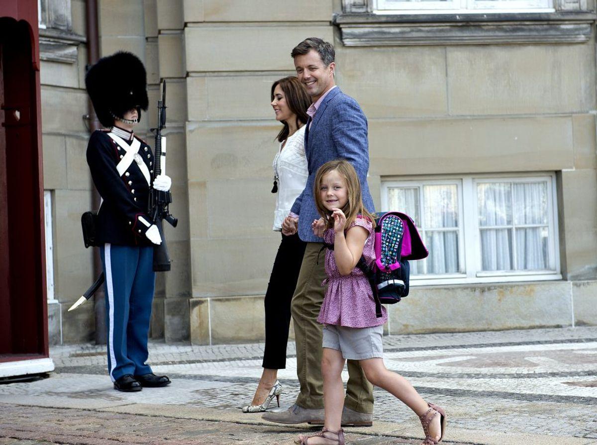 Prins Christians lillesøster, prinsesse Isabella, går også i skole på Tranegårdsskolen i Hellerup. Her begyndte hun i 2013. Foto: Keld Navntoft/Scanpix 2013