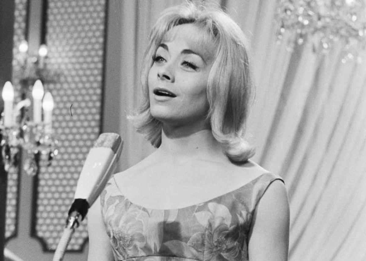 """1962: Isabelle Aubret fra Frankrig vandt med sangen """"Un premier amour"""". Foto: Nationaal Archief, Den Haag, Rijksfotoarchief: Fotocollectie Algemeen Nederlands Fotopersbureau / Wikipedia (Arkivfoto)"""