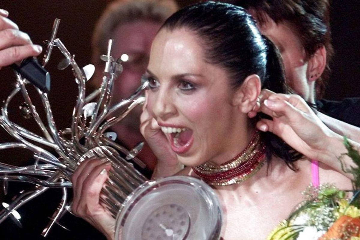 """2003: Tyrkiet vandt dette år for første gang Eurovision Song Contest. Sangerinden hed Sertab Erener og hun vandt med nummeret """"Everyway That I Can"""". Foto: Alexander Demianchuk/Scanpix (Arkivfoto)"""
