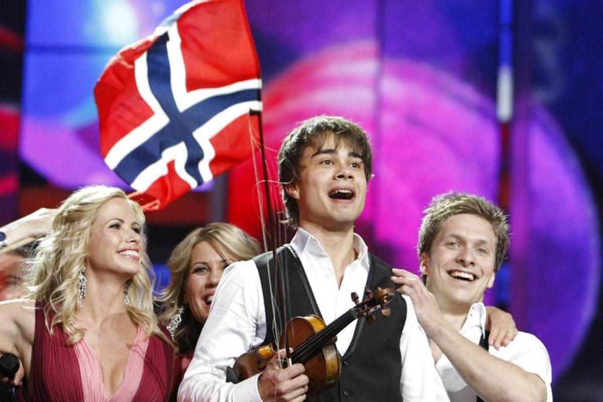 """2009: Alexander Rybak fra Norge sang sig ind i europæernes hjerter med """"Fairytale"""". Foto: Denis Sinyakov/Scanpix (Arkivfoto)"""