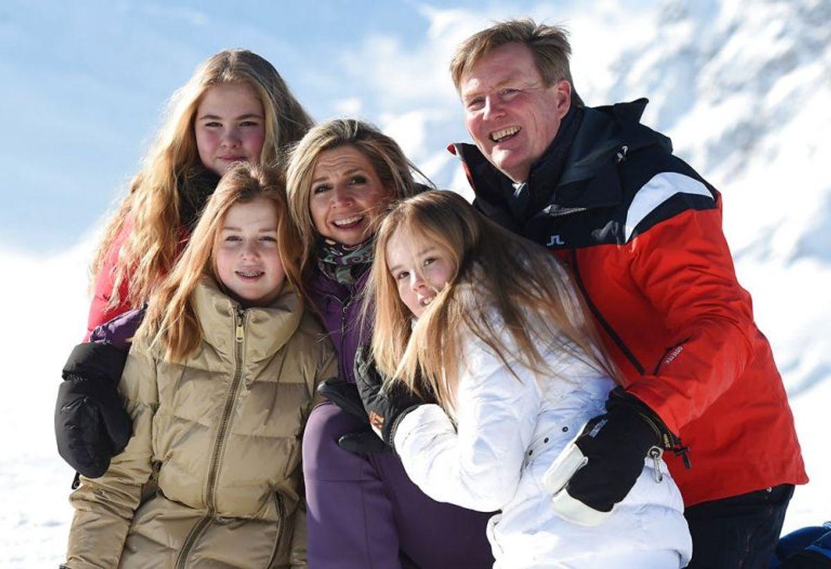 Kong Willem-Alexander, dronning Maxima og børnene er taget på skiferie i Østrig. KLIK VIDERE OG SE FLERE BILLEDER. Foto: Andreas Gebert/Scanpix.