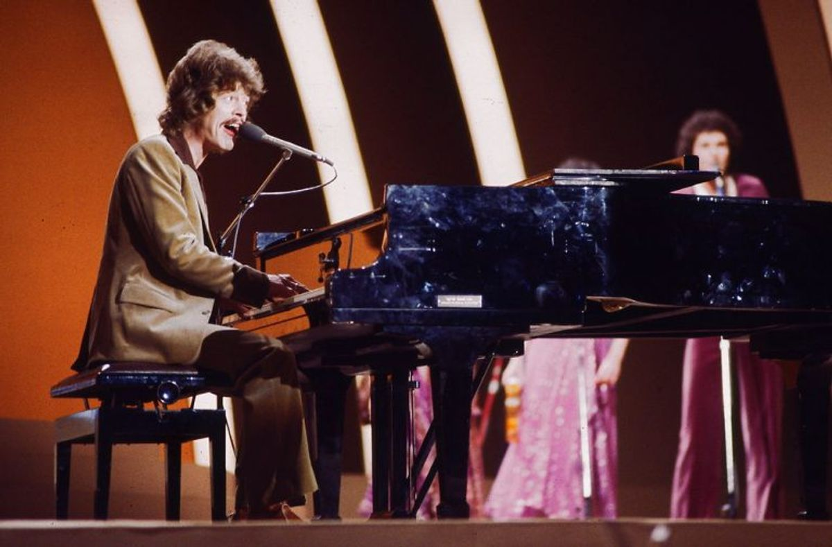 Tommy Seebach vinder Dansk Melodi Grand Prix i 1979 med sangen Disco Tango. Foto:  Bent K Rasmussen/Scanpix (Arkivfoto)
