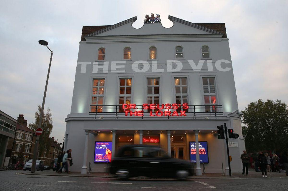 """Storbritanniens berømte teater The Old Vic siger i en pressemeddelelse, at det har modtaget 20 klager om """"upassende opførsel"""" mod Hollywoodstjernen Kevin Spacey, som var kunstnerisk leder på det prestigefyldte teater i over et årti. Foto: Scanpix/Daniel Leal-olivas."""