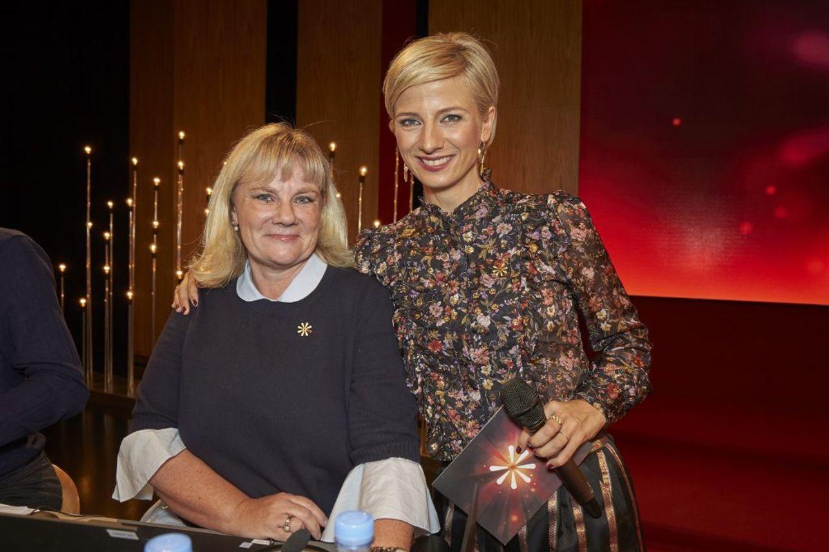 Annemette Krakau, chefredaktør for Billed-Bladet, og Louise Wolff, medvært på Knæk Cancer, TV2. Foto: Birger Storm