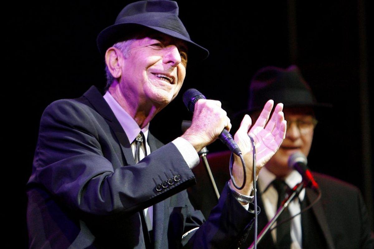 I 2018 bliver der udgivet en bog med den canadiske sanger og sangskriver Leonard Cohens digte. Bogen færdiggjorde han bare dagen inden sin død i november 2016. – Foto: Mario Anzuoni/Scanpix (Arkivfoto)