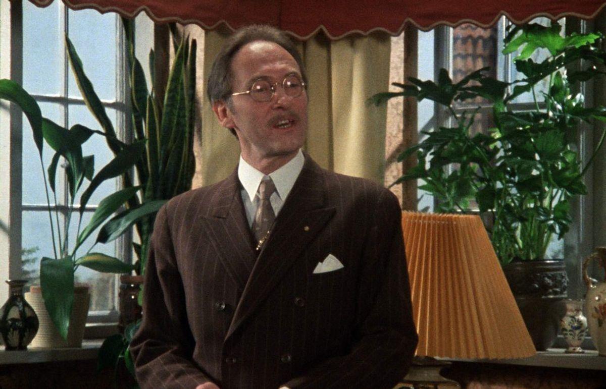 Hardy Rafn spillede byrådssekretær Gotfred Lund. Han døde den 23. januar 1997. Han blev 66 år. Foto: DR (Arkivfoto)