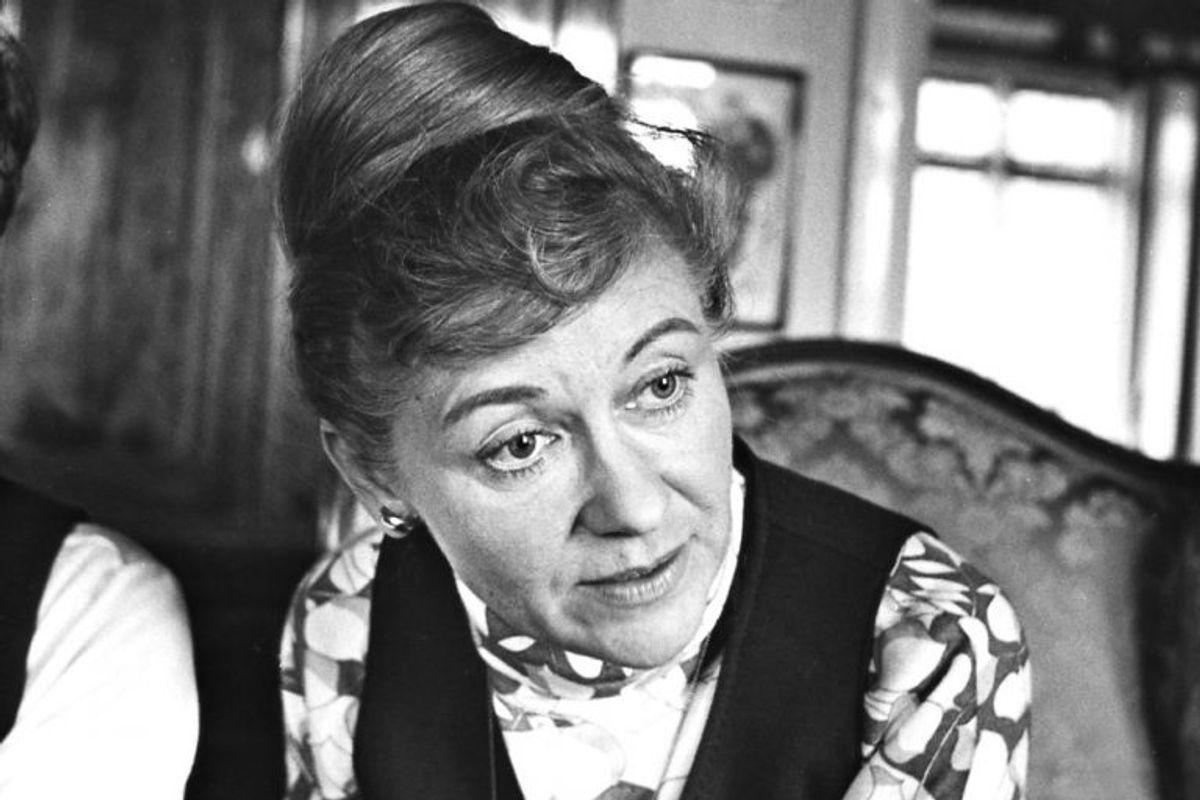 Lis Løwert spillede danselærerinde Violet Vinter. Hun døde den 26. november 2009 i en alder af 89 år. Foto: Willy Henriksen/Scanpix (Arkivfoto)