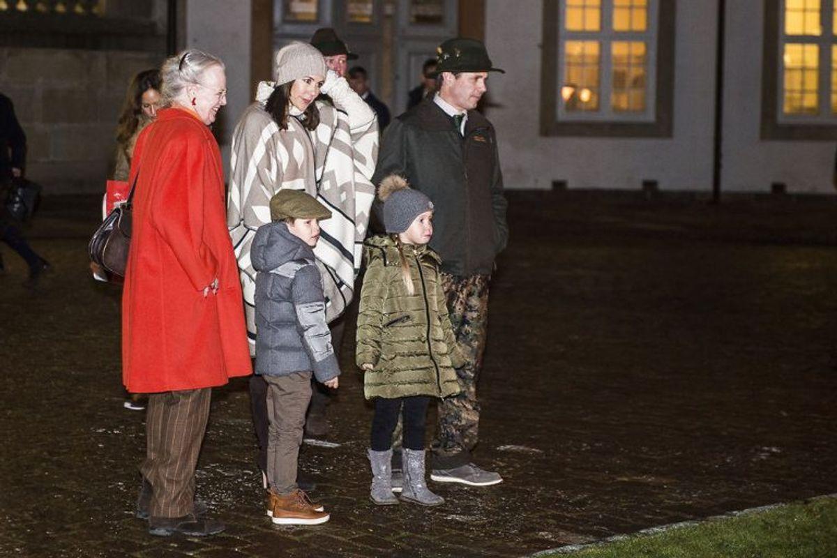 Dronning Margrethe deltog tirsdag uden prins Henrik ved kongejagten i Grib Skov. (Foto: Ólafur Steinar Gestsson/Scanpix.