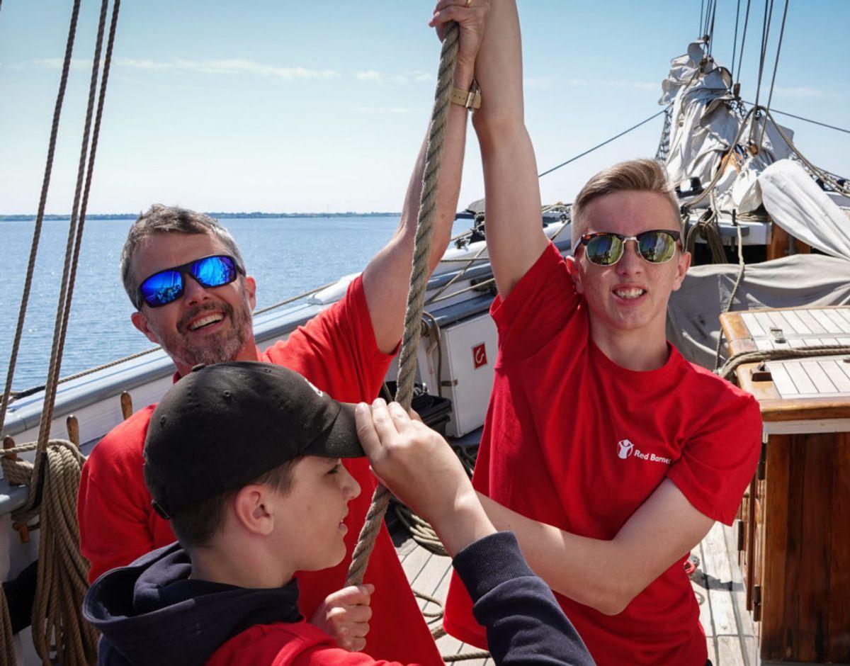 Mandag deltog kronprins Frederik i Red Barnets sommerlejr. Foto: Red Barnet/ Cathrine Hasholt