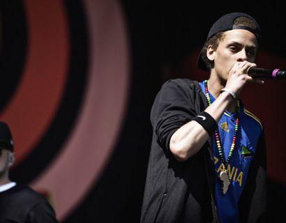 Den danske rapper Kaka bidrager med sang og egen tekst i Snoop Dogs nye sang. Foto: Mathias Løvgreen Bojesen/Ritzau Scanpix