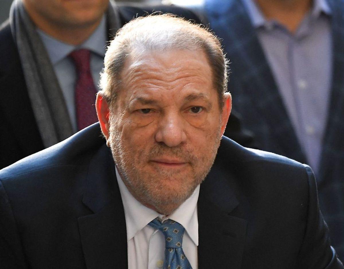 Harvey Weinstein bliver nu udleveret til Californien, og  her risikerer han, at få en højere dom. Foto: Johannes Eisele/AFP/Ritzau Scanpix