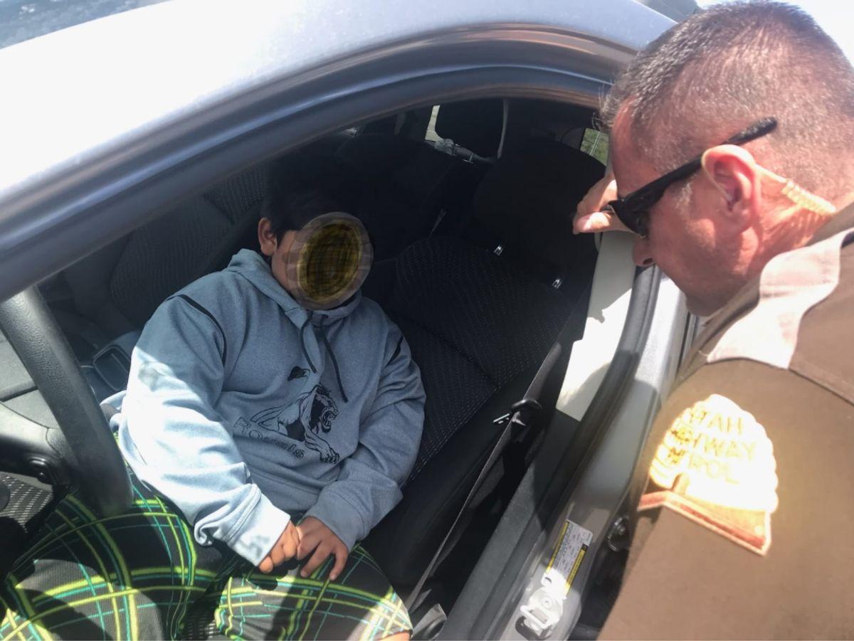Den femåriges billede blev taget, umiddelbart efter han blev stoppet af politiet. Foto: Utah Highway Patrol