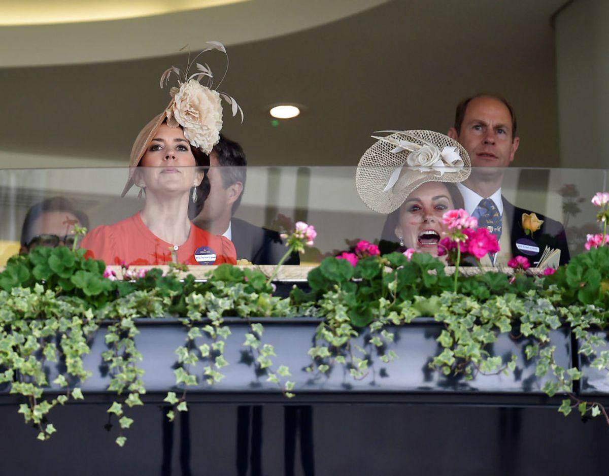 To af fremtidens europæiske dronninger i den kongelige loge på Ascot Racecourse den 15. juni 2016. Foto: Scanpix/Reuters / Toby MelvilleLivepic