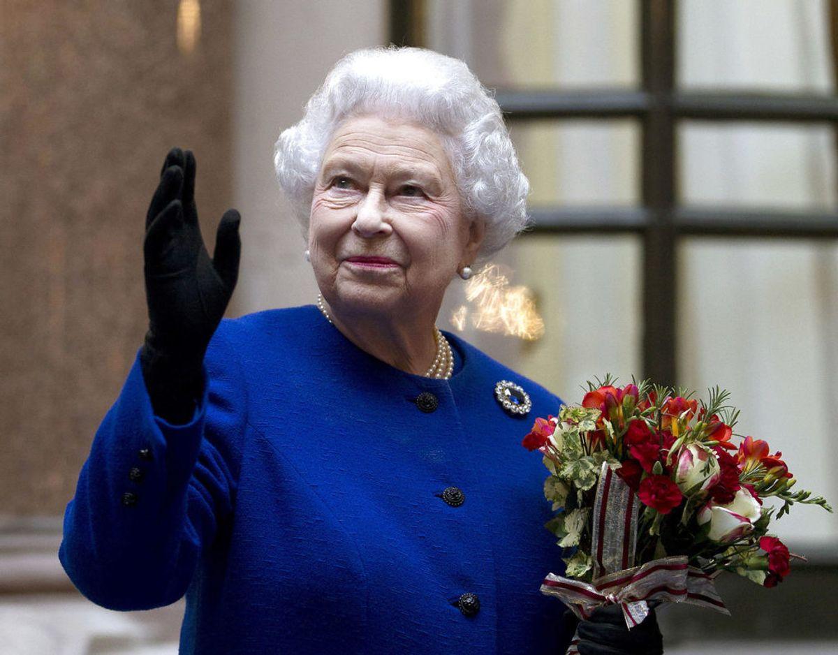 Britiske dronning Elizabeth kan næste år fejre 70 års jubilæums som sin nations regent. Det fejres blandt andet med en kæmpe koncert arrangeret af BBC. Foto: Scanpix/REUTERS/Alastair Grant/pool