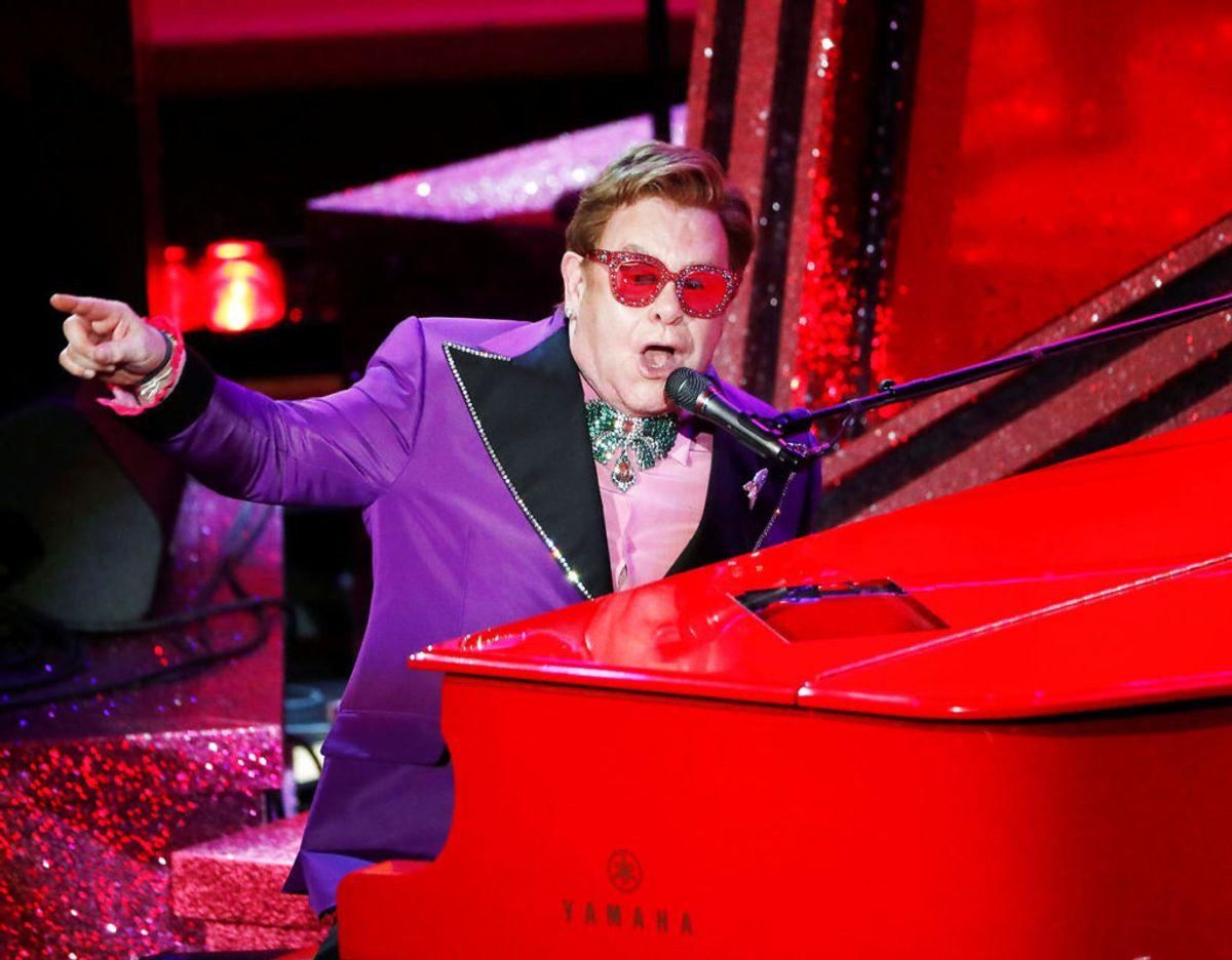 BBC har blandt andet Sir Elton John på ønskelisten til dronningens jubilæumskoncert. Foto: REUTERS/Mario Anzuoni/File Photo