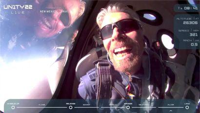Sådan så det ud, da milliardæren Richard Branson tog rejsen mod det ydre rum. KLIK VIDERE FOR FLERE BILLEDER. Foto: Virgin Galactic/Handout via REUTERS / Scanpix