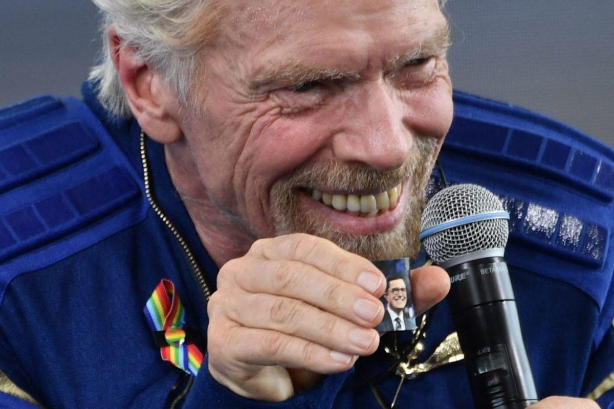 Sådan så det ud, da milliardæren Richard Branson tog rejsen mod det ydre rum. KLIK VIDERE FOR FLERE BILLEDER. Foto:Patrick T. FALLON / AFP