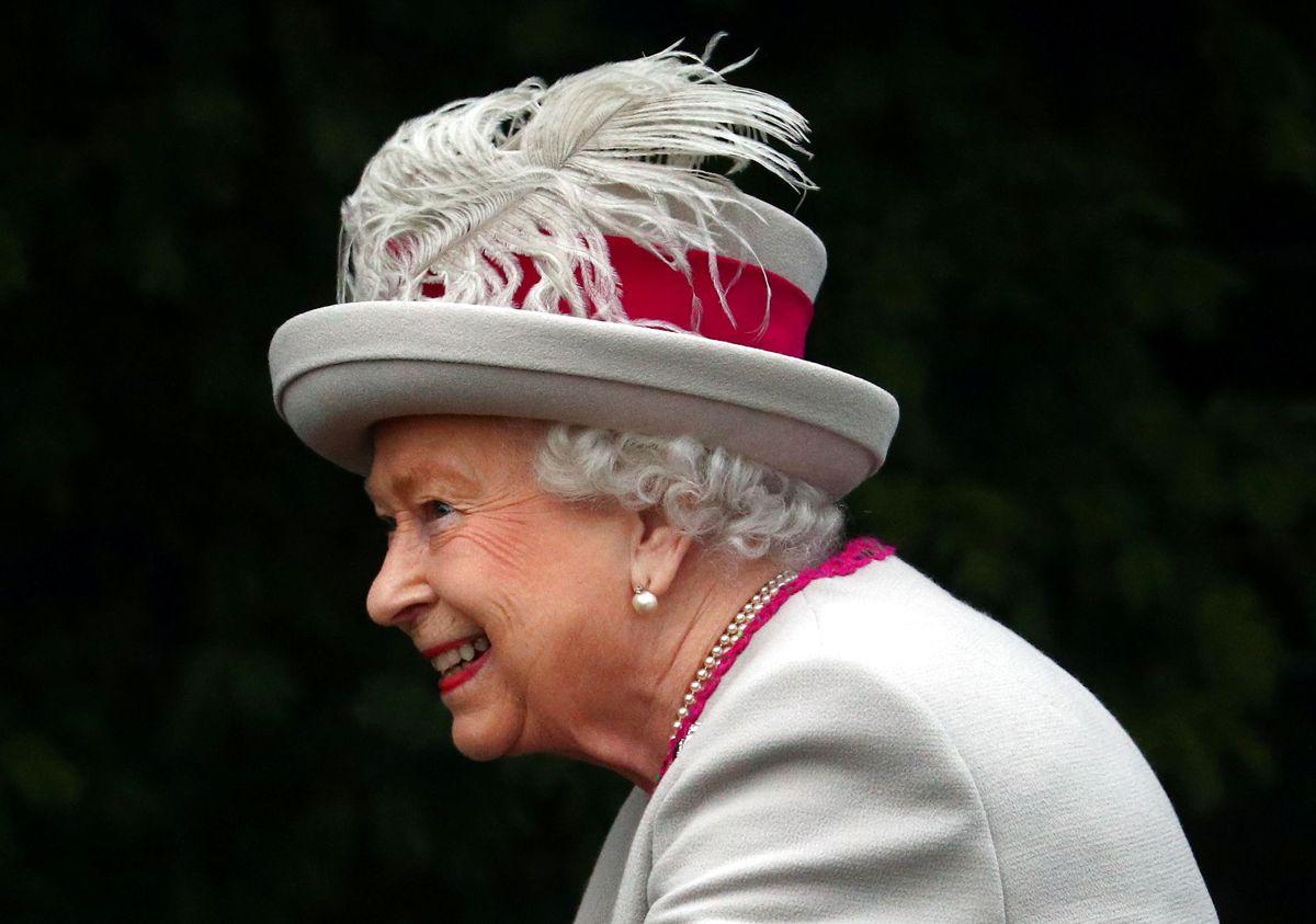 Dronning Elizabeth har været væk fra Sandringham i tæt på et år, men nu er regenten tilbage. Arkivfoto: REUTERS/Hannah McKay/Ritzau Scanpix