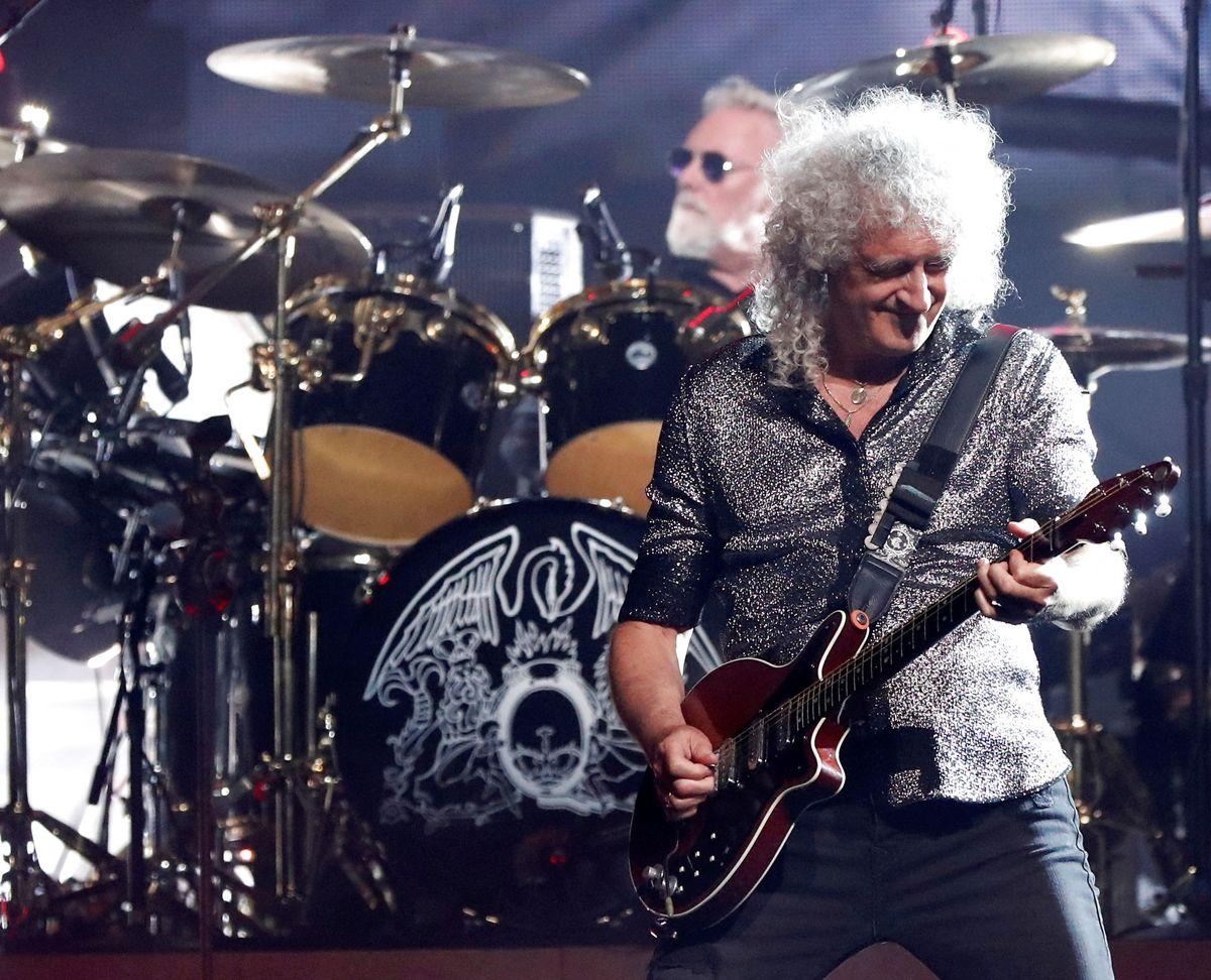 Nummer 7: Queen. Selv længe efter Freddie Mercurys død hitter bandet stadig. Det skyldes i høj grad, at de ejer rettighederne til deres egen musik og udgivelsen af et 15-album-bokssæt i 2020. Det gav 83,2 millioner kroner i indtægt. Foto: REUTERS/Mario Anzuoni/Ritzau Scanpix