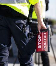 Ræser forbi politiet med 179 km/t