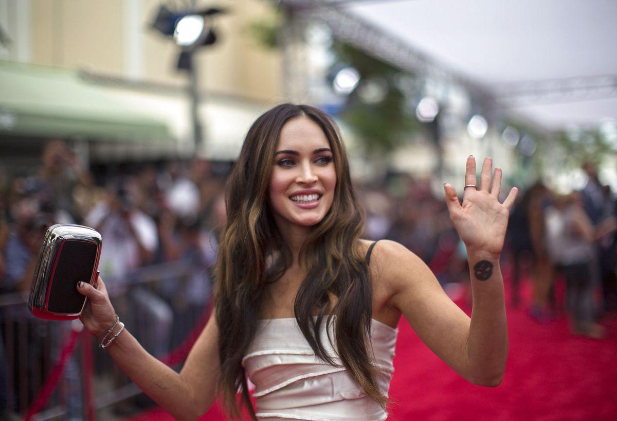 Megan Fox har valgt at blive hjemme fra præmieren