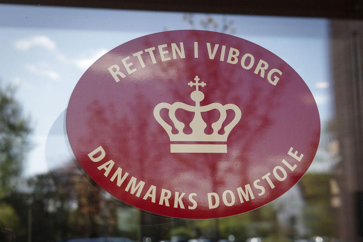Retten i Viborg afgjorde, at den 35-årige mand ikke skulle udvises. Begrundelsen lød, at han er far til danske statsborgere og har for stærk tilknytning til Danmark.