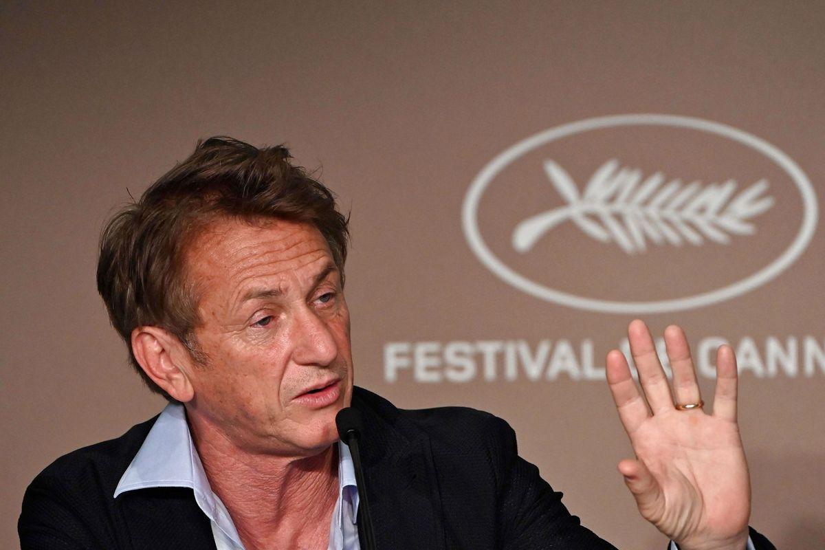 Sean Penn kommer først tilbage, når alle omkring serien er vaccineret mod coronavirus. Foto: John MACDOUGALL / AFP
