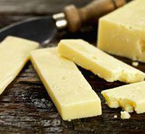 Advarer: Listeria i ost