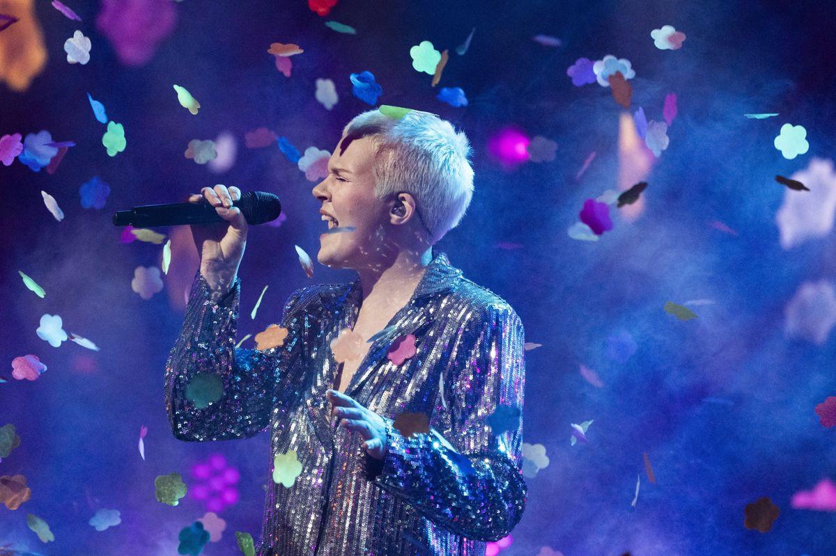 """15-årige Solveig lod sig hylde som vinder af sæson 14. Når den nye sæson af """"X Factor"""" har premiere omkring årsskiftet, er det fjerde gang, at programmet kører på TV 2 og den 15. sæson i alt. Denne sæsons optagelser begynder allerede torsdag i denne uge med precastings i Aarhus og rykker ugen efter til København. (Arkivfoto)"""