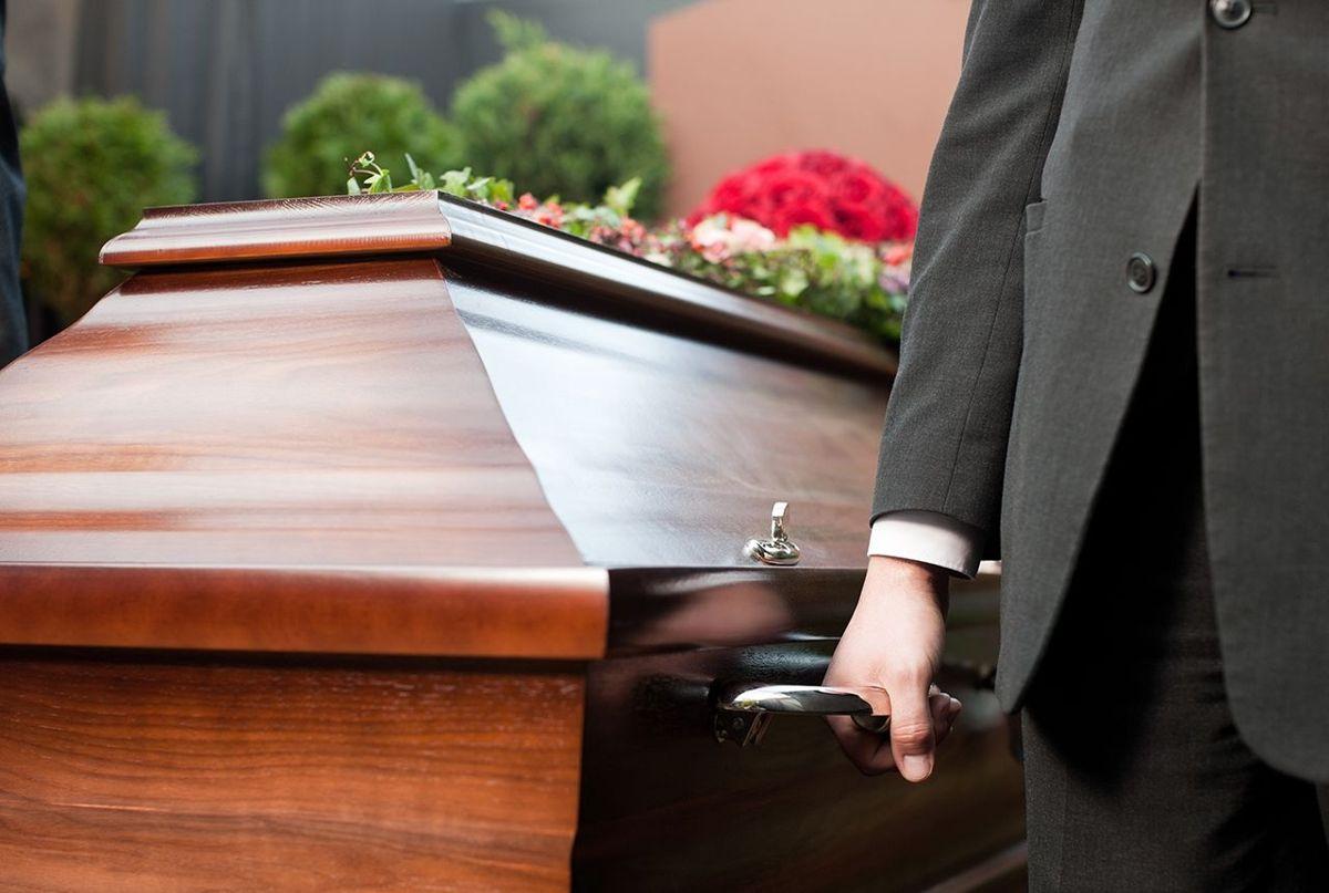 Den amerikanske keyboardspiller Mike Finnigan døde onsdag den 11. august som følge af nyrekræft.