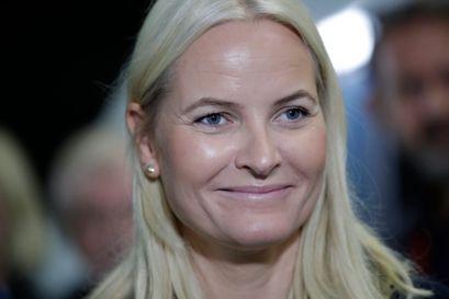 Den norske kronprinsesse, Mette-Marit, fylder 48 år 19. august. De senere år har kronprinsessen været ramt af sygdomme, herunder kronisk lungefibrose, som gør, at hun ikke kan varetage alle sine forpligtelser. Det har gjort hende skamfuld, har Mette-Marit fortalt til den norske station NRK. (Arkivfoto)