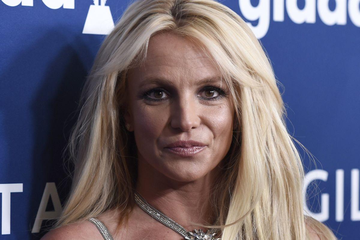 Britney Spears har de seneste mange måneder kæmpet i retten for at få sin far fjernet som værge. Nu efterforskes hun for en mindre voldshændelse. (Arkivfoto)
