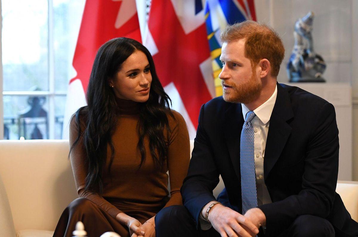 Prins Harry og Meghan Markla har aldrig haft så lav opbakning blandt englænderne, som den er netop nu.