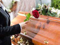 Knust over dødsfald