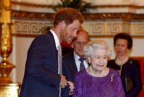 Fik 'alenetid' med dronningen