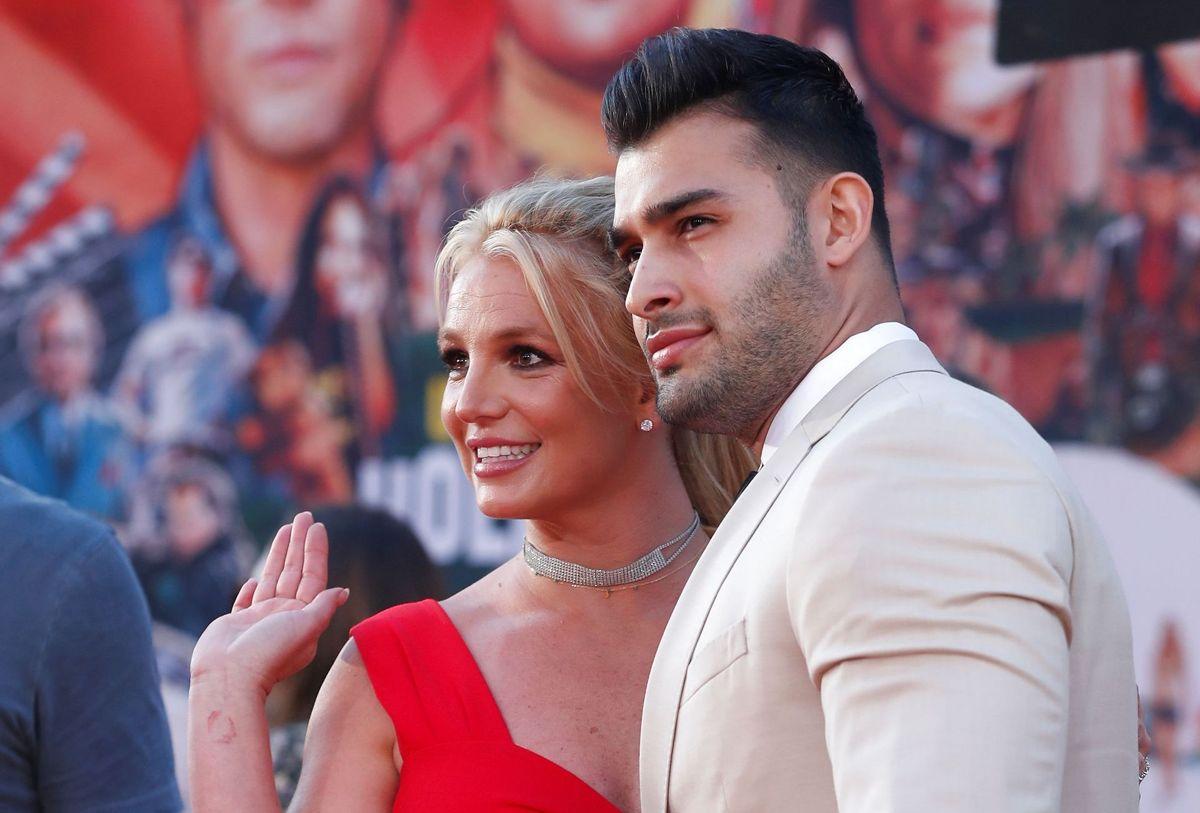 Britney Spears ses her sammen med sin kæreste Sam Asghari.