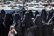 Svenske IS-kvinder forlader fangelejr