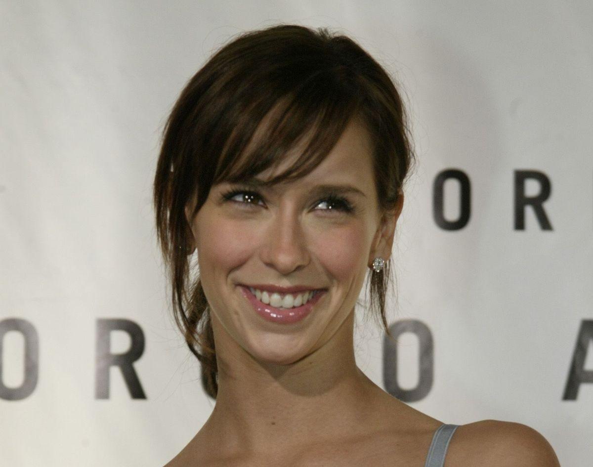 Skuespiller Jennifer Love Hewitt har netop født sit tredje barn.