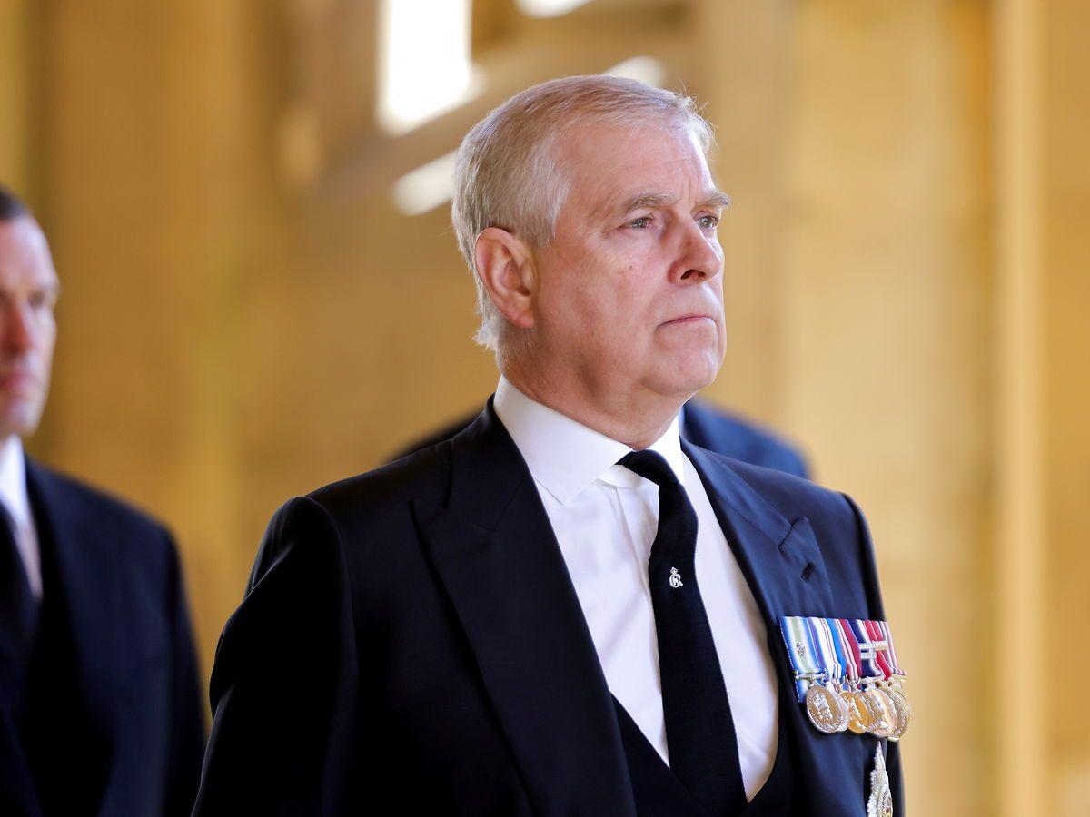 Prins Andrew har fået søgsmål med misbrugsanklage