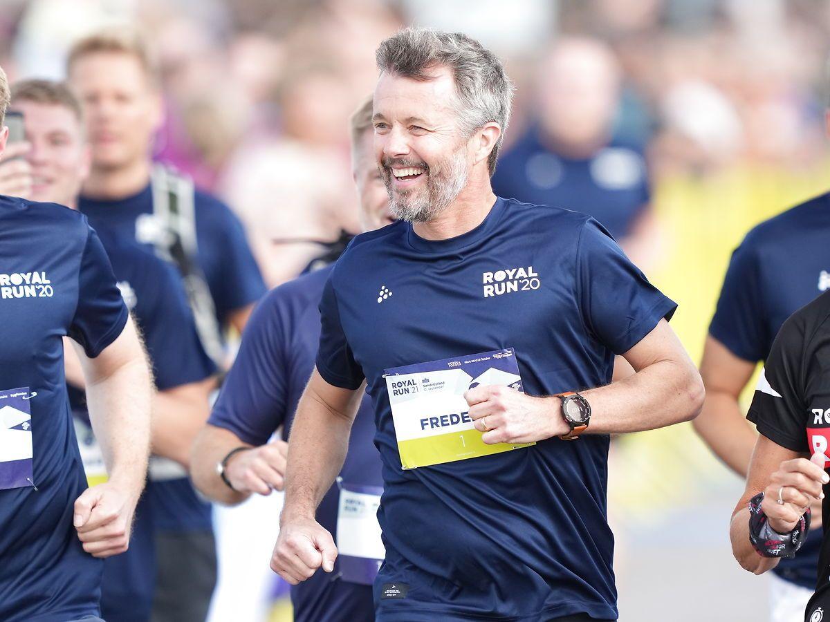 En glad kronprins åbnede årets første Royal Run-løb i Sønderborg.