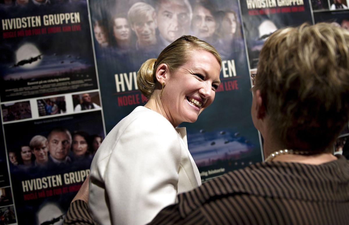 Instruktør Anne Grethe Bjarup Riis er tilbage i instruktørstolen ni år efter, at hun instruerede den første film om familien Fiil og deres kamp mod den tyske besættelse af Danmark.