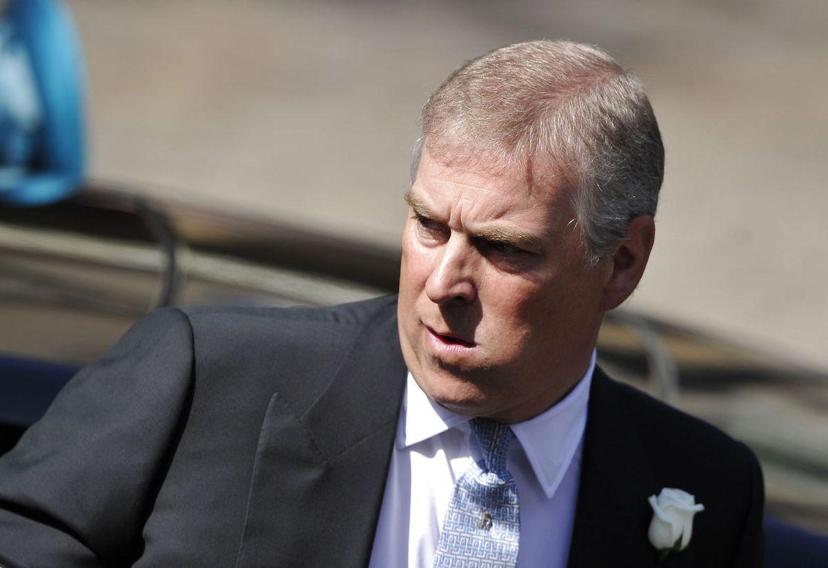 Prins Andrew slap ikke jeldigt fra den første høring i sex misbrugssagen den amerikanske kvinde Virginia Giuffre har anlagt mod ham.