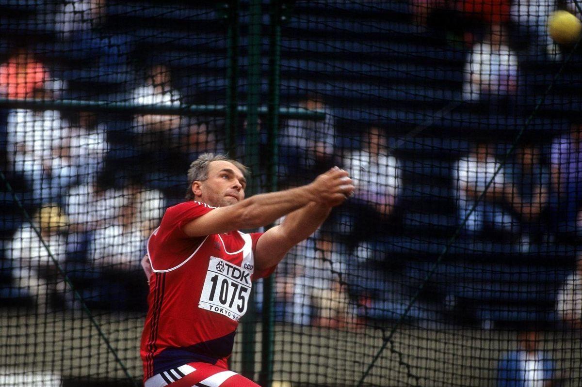 Yuriy Sedykh, dobbelt OL-vinder, verdensmester og verdensrekord i hammerkast, er død 66 år gammel.