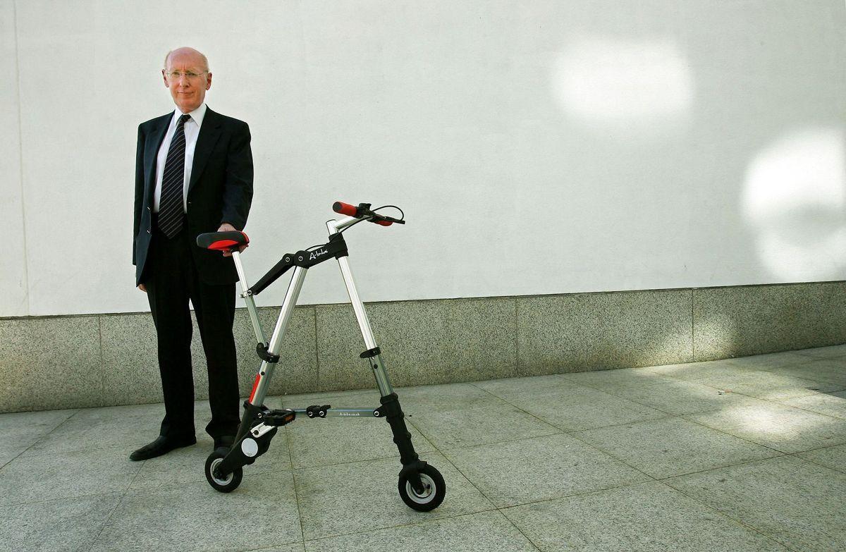 Sir Clive Sinclair opfandt blandt andet regnemaskinen i lommestørrelse.