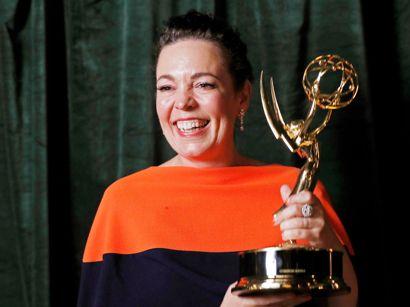 Olivia Colman, der portrætterer dronning Elizabeth i serien The Crown, vandt prisen for Bedste skuespillerinde i en dramaserie