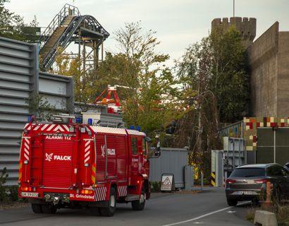 Der var ild i en el-tavle, som gjorde, at politi og brandvæsen måtte rykke ud til Legoland tirsdag aften.